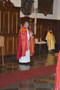Powitanie Księdza Biskupa przezKsiędza Proboszcza